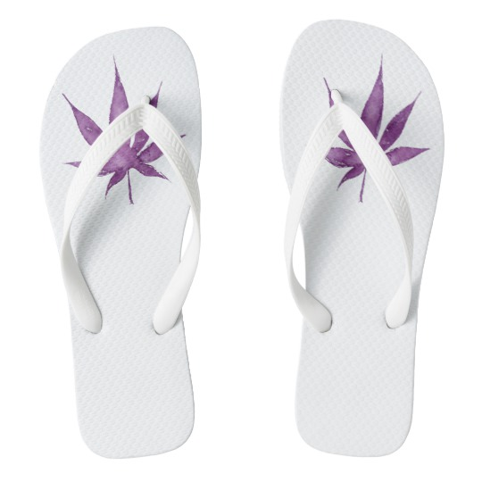 flip_flops_with_violet_watercolor_leaf_design-ra7fb93f8b8ff4cdcba396d3f2a0a6217_jhur8_540