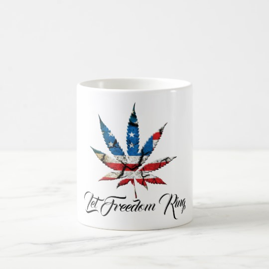let_freedom_ring_flag_in_cannabis_leaf_coffee_cup-r8348bf586c294ccfa511abafba59bca8_x7jg5_8byvr_540
